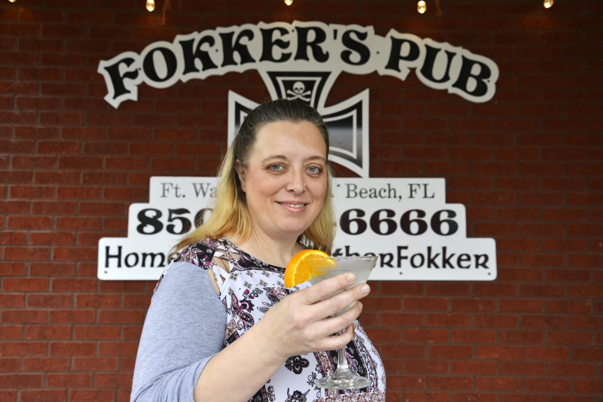meet-laura-avery-of-fokkers-pub