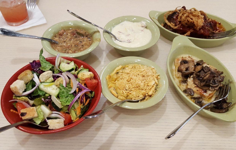 enjoy-a-great-meal-at-paula-deen8217s