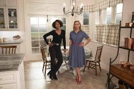 stay-tuned-column:-kerry-washington-and-reese-witherspoon-light-up-the-screen-in-'little-fires-everywhere'