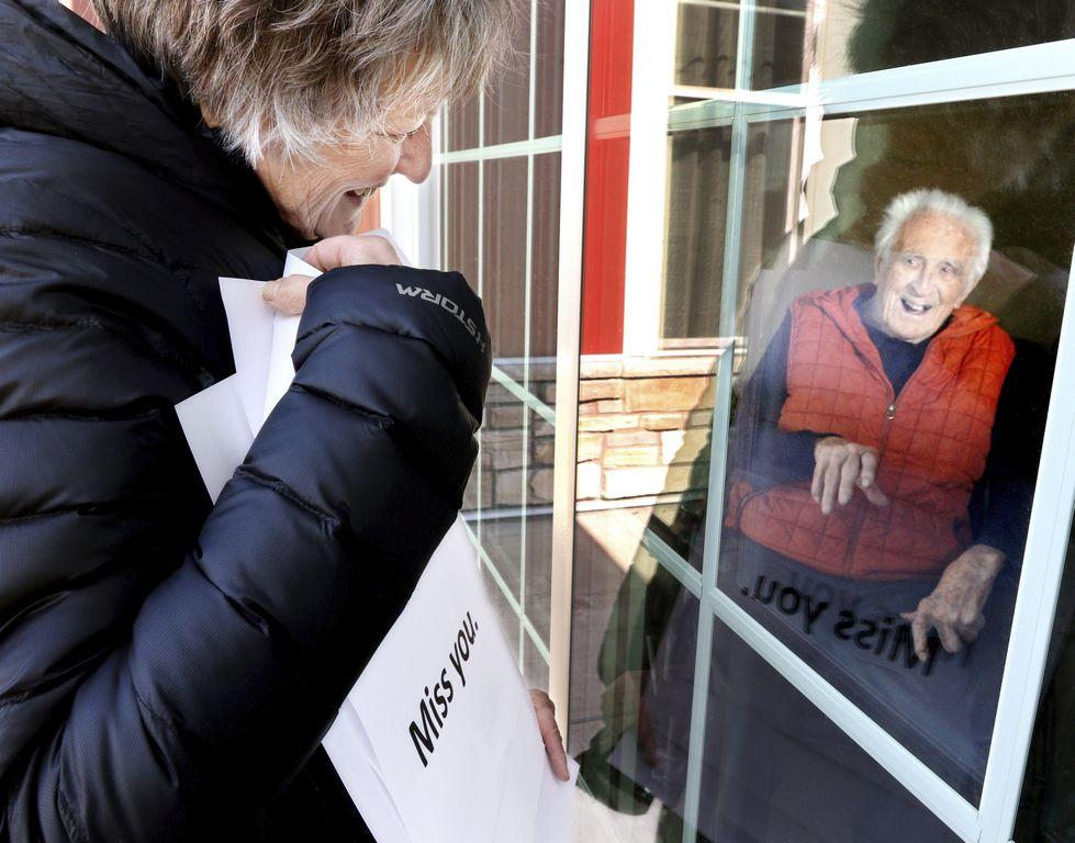 us-nursing-home-residents-are-trapped-in-isolation-amid-coronavirus-cards-and-letters-are-brightening-their-days.