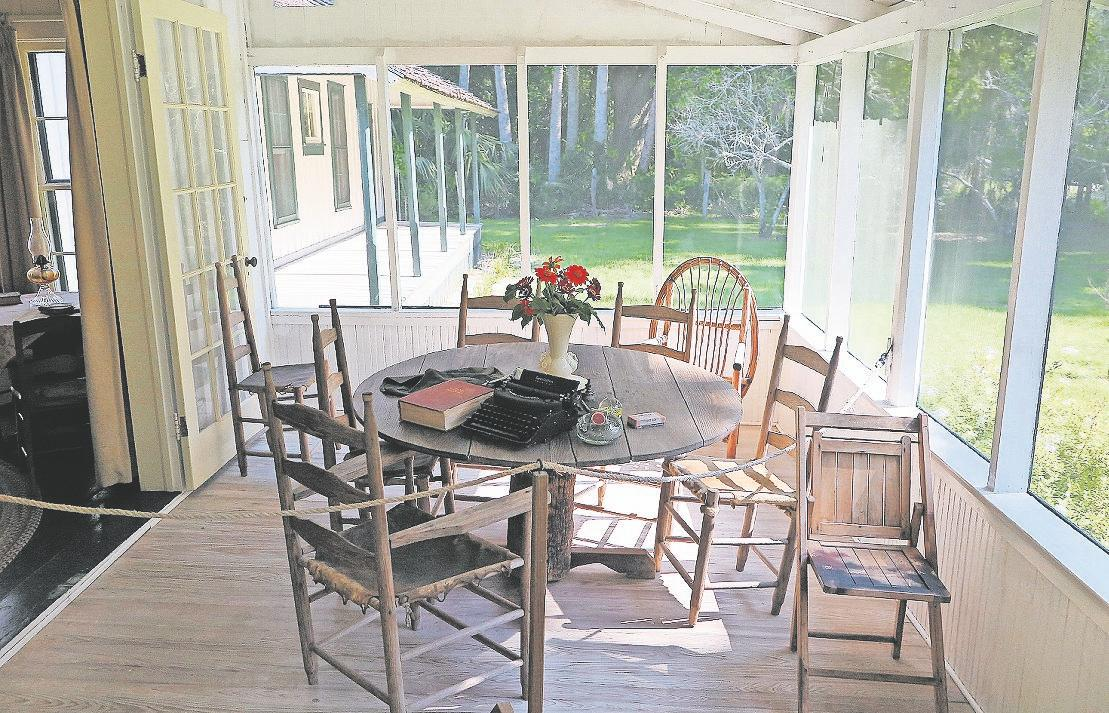 author's-farmhouse-a-step-back-in-florida-time