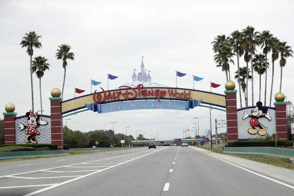 when-will-disney-world-and-disneyland-reopen?-one-analyst-predicts-it-may-not-be-until-2021