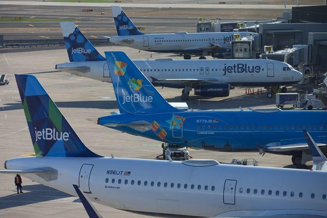 'the-new-flying-etiquette':-jetblue-becomes-first-us.-airline-to-make-flyers-wear-face-masks