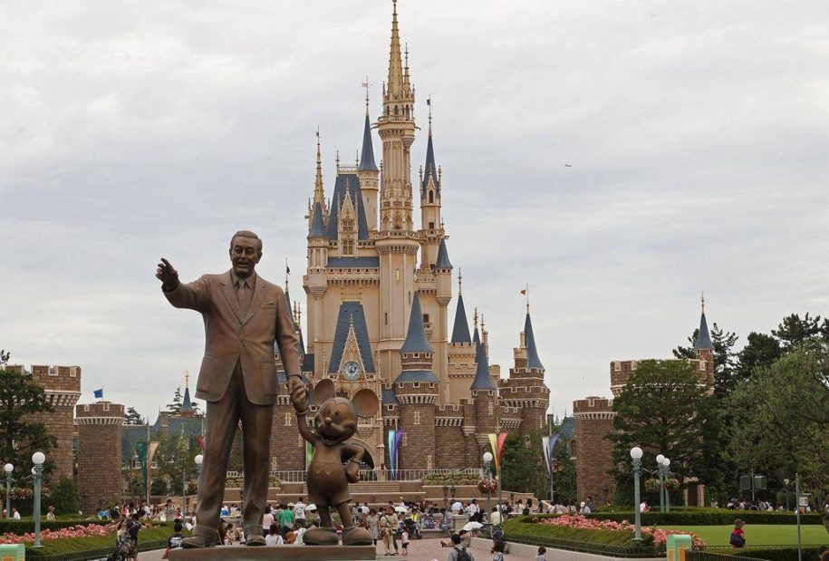 disney-parks-in-america-will-'likely'-require-face-masks-after-reopening,-ceo-says