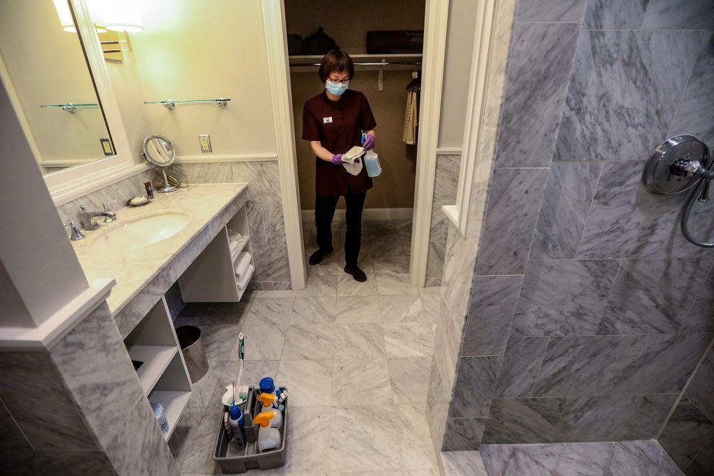 how-do-you-know-if-your-hotel-room-is-really-clean-amid-coronavirus?
