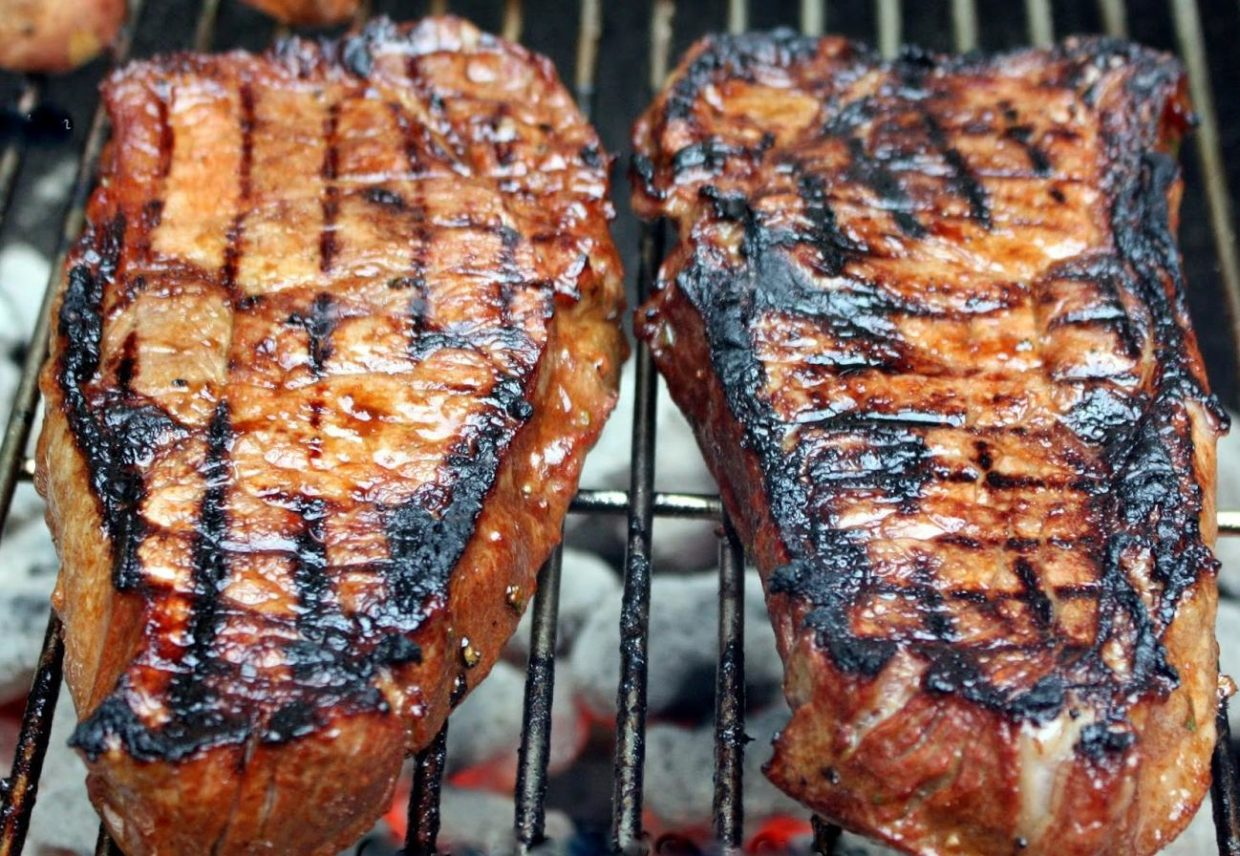 fleur-de-lolly-column:-grill-up-some-marinated-steaks-for-dad