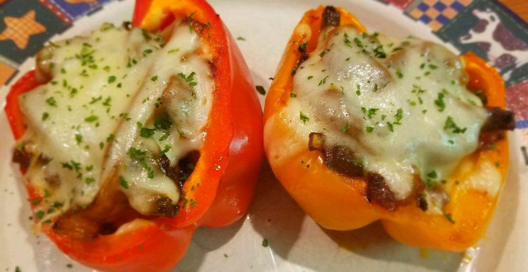 fleur-de-lolly-column:-philly-cheesesteaks-in-stuffed-pepper-form