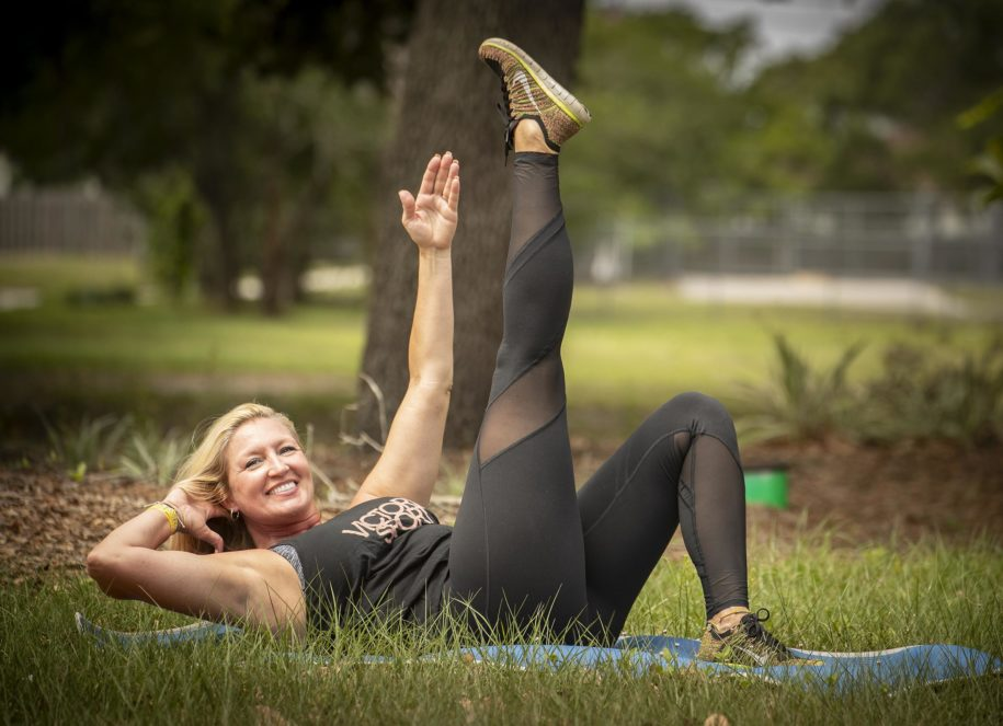 today's-workout-column:-angled-crunches-target-abs