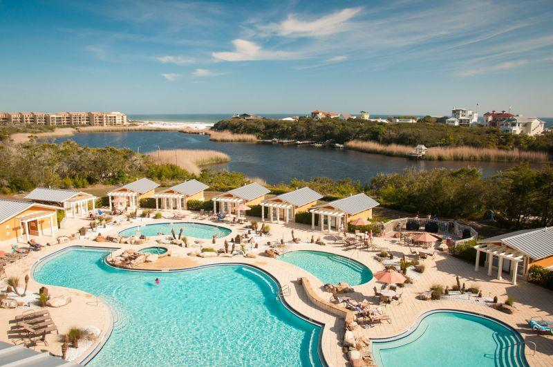 vacation-rentals-with-the-best-community-pool-on-30a