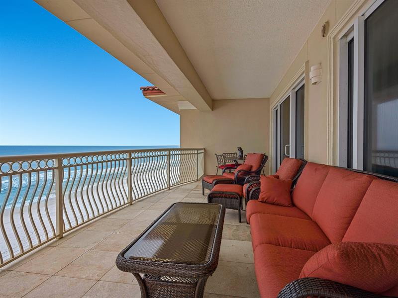 dunes-of-crystal-beach-401-features-one-of-the-largest-balconies-in-destin,-florida